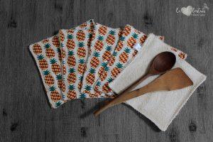 Lot de 5 feuilles d'essuie tout lavables en éponge de coton écolabellisé – Ananas rouge – avec ou sans boutons pressions