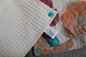 Lot de 5 feuilles d'essuie tout lavables en nid d'abeilles de coton écolabellisé – Fleur vintage – avec boutons pressions