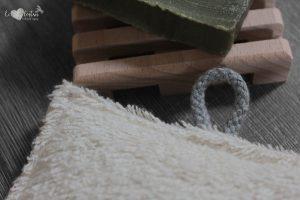 Éponge lavable en éponge de coton, rembourrage : upcycling de chute de tissus – Ananas rouge
