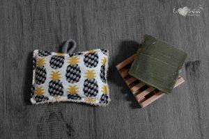 Éponge lavable en éponge de coton, rembourrage : upcycling de chute de tissus – Ananas noir
