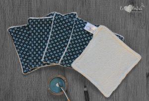Lot de 5 lingettes démaquillantes lavables en micro éponge de coton écolabellisé – Petites fleurs bleu
