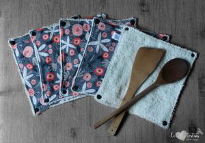 Lot de 5 feuilles d'essuie tout lavables en éponge de coton écolabellisé – gris foncé fleuri – avec boutons pressions