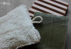Éponge lavable en éponge de coton, rembourrage : upcycling de chute de tissus – bleu clair fleuri