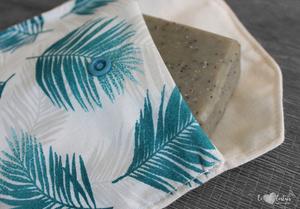 Pochette savon – Plume bleu