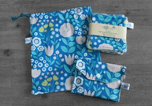 Coffret cadeau salle de bain – Bleu clair fleuri